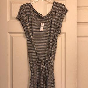 Loft! Role Sleeve Striped Tie Waist Dress! 24/ 26!